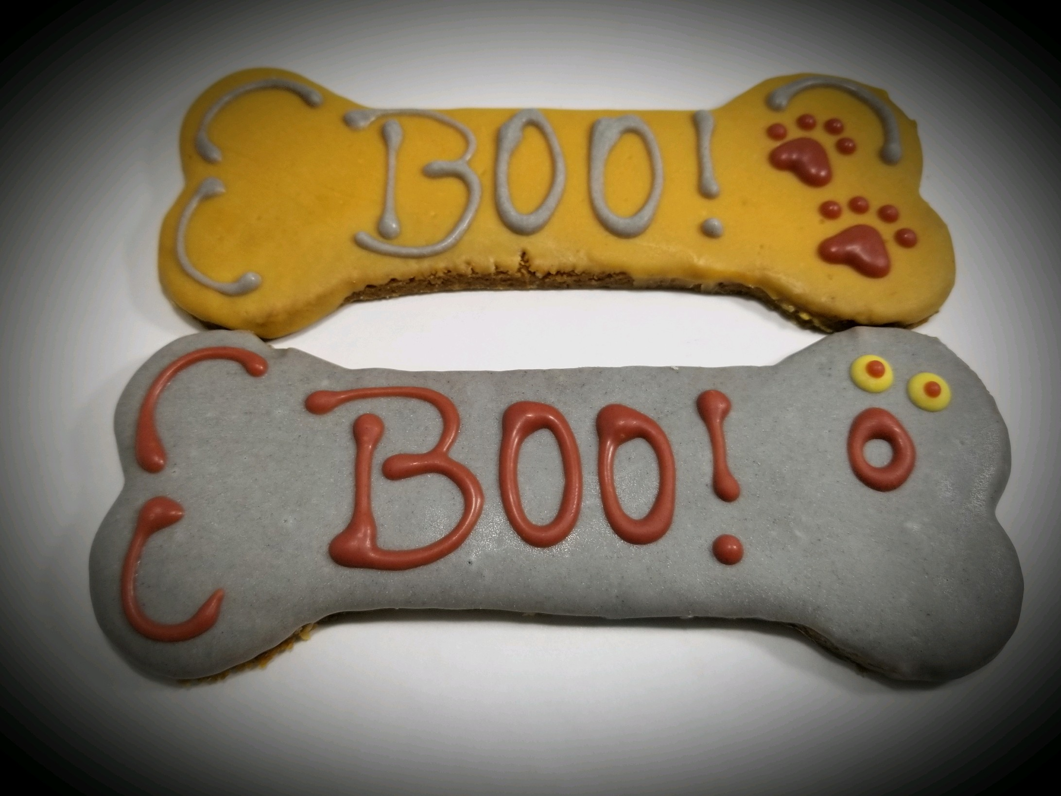 Boo! Bones - Tray of 10