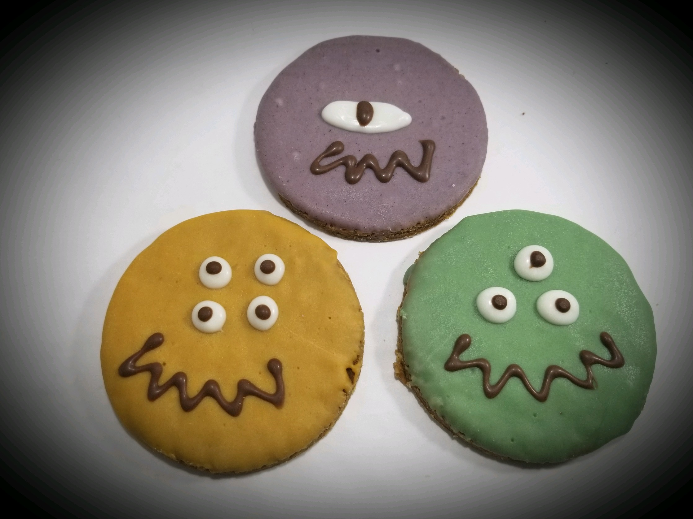 Monster Faces - Tray of 12