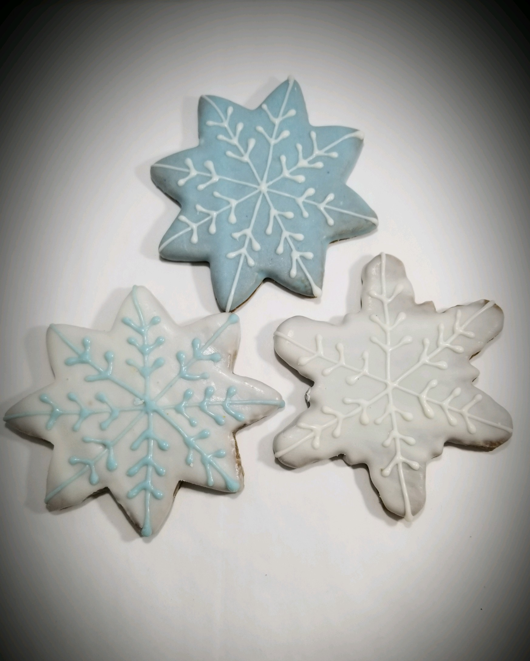 Snowflakes  - Tray of 9